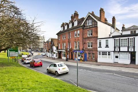 2 bedroom apartment for sale - Between The Pantiles and London Road, Tunbridge Wells TN2