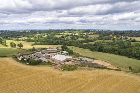 Land to rent - Halls Hole Road, Tunbridge Wells