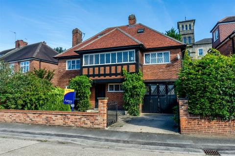 4 bedroom detached house for sale - St Aubyns Place, The Mount, YORK