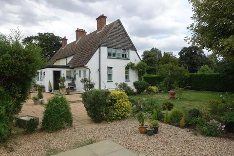 3 bedroom semi-detached house for sale - New Road, Sutton Bridge, Wisbech, Cambs, PE12 9QE