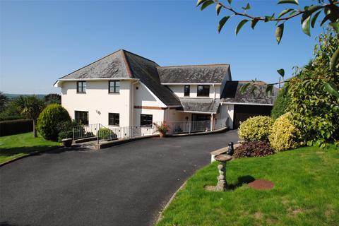 4 bedroom detached house for sale - Strand Close, Ashford