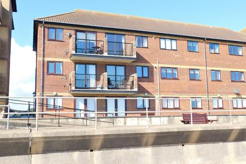 3 bedroom flat for sale - Queens Park Close, Mablethorpe, LN12 2XA