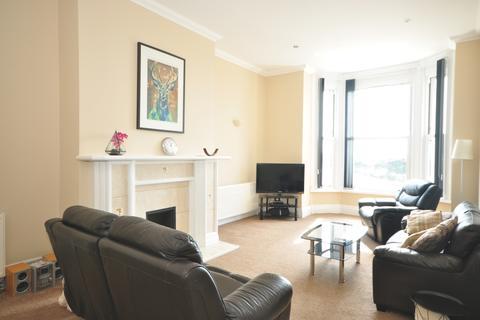 3 bedroom apartment to rent - Osborne Road Southsea PO5