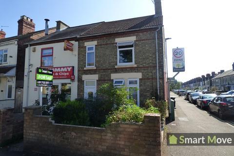 3 bedroom end of terrace house for sale - Dogsthorpe Road, Peterborough, Cambridgeshire. PE1 3AL