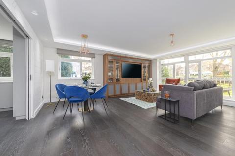3 bedroom apartment for sale - SHERINGHAM, QUEENSMEAD, NW8 6RA