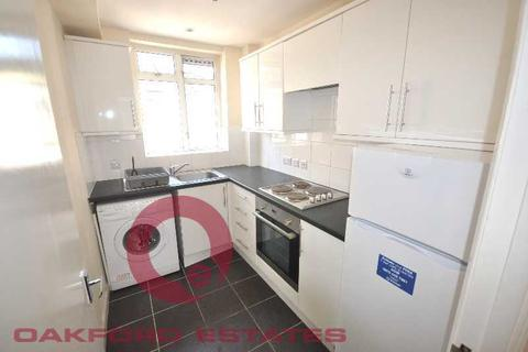 2 bedroom flat to rent - Euston Road, Fitzrovia, London NW1