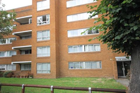 2 bedroom flat to rent - Grove Road, Sutton