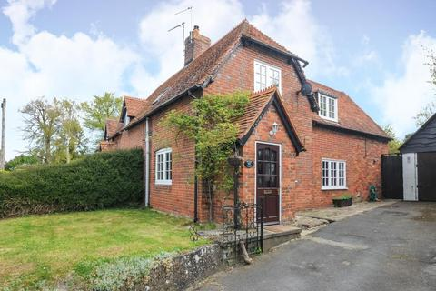 3 bedroom semi-detached house to rent - Chilton,  Oxfordshire,  OX11