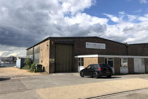 Industrial unit to rent - Hazel Road, Southampton, Hampshire, SO19