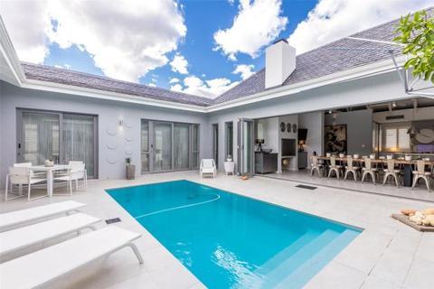 4 bedroom house  - 534 Mount Juliet Avenue, Pearl Valley Golf Estate, Paarl, Western Cape