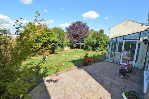 4 bedroom detached house for sale - Purbeck Close, Wigston, , LE18 2JY