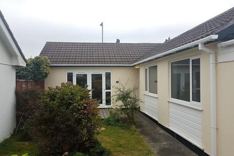 3 bedroom semi-detached bungalow to rent - Rosemellin, Camborne