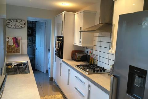 2 bedroom terraced house to rent - Malcolm Street, Heaton
