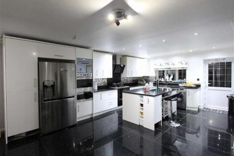 5 bedroom terraced house for sale - Lansdowne Road, Ilford, IG3