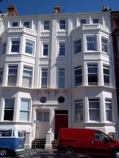 2 bedroom flat to rent - CARLTON HOUSE,1-6 WESTERN PDE, PO5 3ED