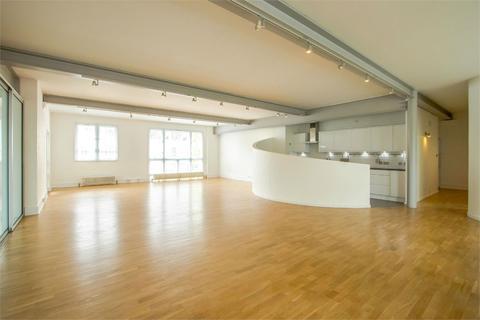 3 bedroom flat to rent - Alaska Buildings, 61 Grange Road, Bermondsey, London, SE1