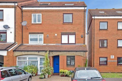 4 bedroom townhouse for sale - Horse Sands Close, Southsea, Hampshire