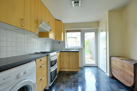 2 bedroom apartment to rent - The Greenway, Uxbridge, Middlesex UB8 2PR