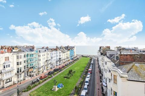 3 bedroom flat for sale - Devonshire Place, Brighton, East Sussex, BN2