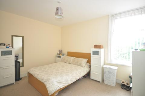 2 bedroom terraced house to rent - Hollam Road Southsea PO4