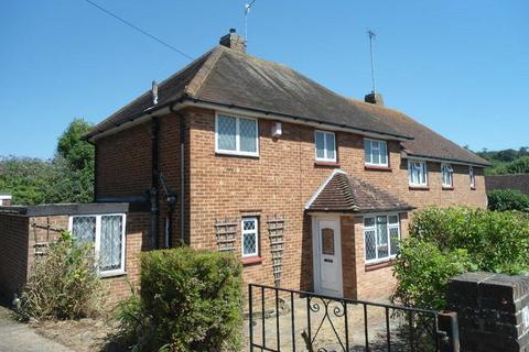 3 bedroom semi-detached house to rent - Ashburnham Drive, Coldean