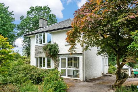 3 bedroom detached house for sale - Aynsome, South Crescent, Windermere, Cumbria, LA23 1DH