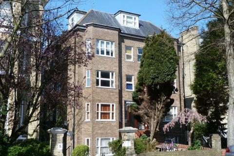 1 bedroom flat to rent - Eaton Gardens, Hove
