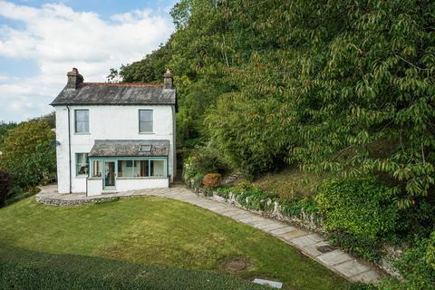 3 bedroom detached house for sale - Spring Bank, Brigsteer, Kendal, Cumbria, LA9 8AJ