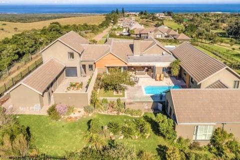 4 bedroom country house  - 1 Providence Place, Theescombe, Port Elizabeth, Eastern Cape