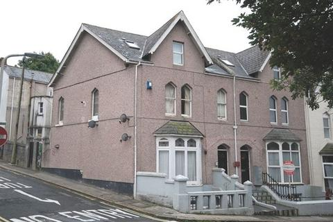 1 bedroom flat for sale - Napier Terrace, Mutley, Plymouth. A really nice 1 double bedroomed top floor flat in a lovely period building.