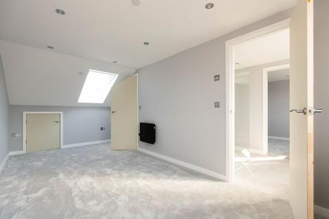 2 bedroom flat for sale - Leckwith Road, Canton,