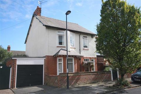 4 bedroom detached house for sale - Bideford Gardens, Whitley Bay, NE26