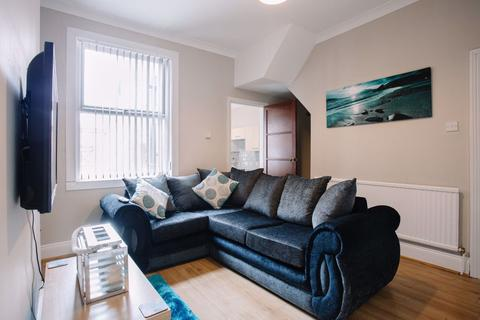 4 bedroom house to rent - Sidmouth Street, Hull