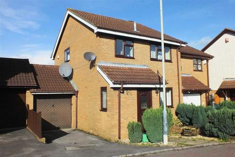 3 bedroom semi-detached house to rent - Dunster Gardens, Springbank, Cheltenham