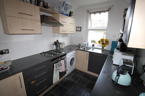 3 bedroom apartment to rent - Kimberley Road, Cardiff, CF23