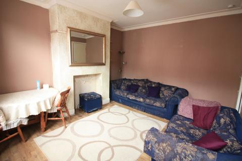 2 bedroom terraced house to rent - Bayswater Grove, Leeds, West Yorkshire, LS8