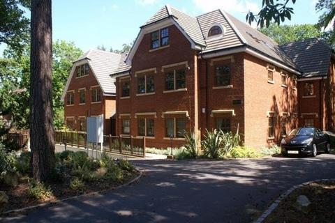 2 bedroom apartment to rent - Upper Chobham Road, Camberley
