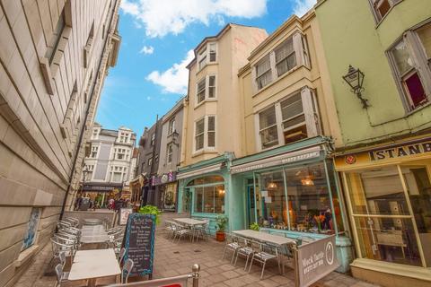 4 bedroom maisonette to rent - Pool Valley, Brighton