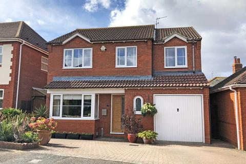 4 bedroom detached house for sale - Passey Crescent, Benson