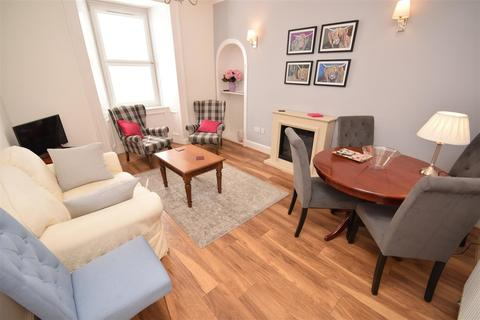 3 bedroom apartment for sale - High Street, Auchterarder