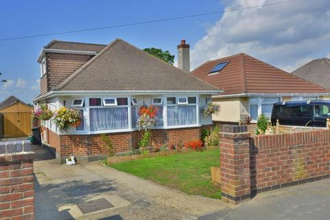 5 bedroom detached bungalow for sale - Somerby Road, Oakdale, Poole, BH15 3HR
