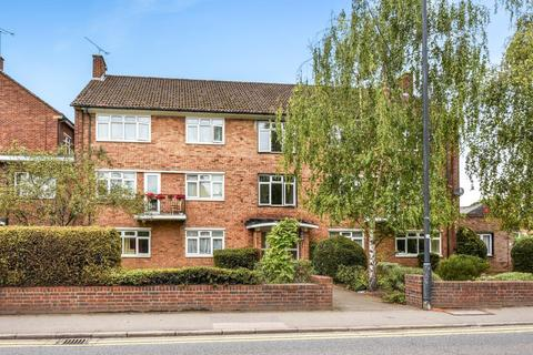 3 bedroom apartment to rent - The Crescent, Maidenhead, SL6