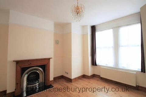 5 bedroom terraced house to rent - Larch Road, Cricklewood, NW2
