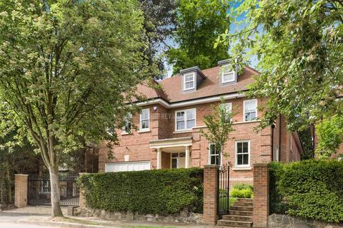 6 bedroom detached house for sale - Cedars Close, Hendon