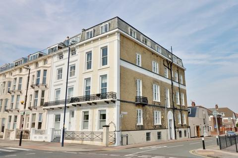 3 bedroom apartment for sale - South Parade, Southsea