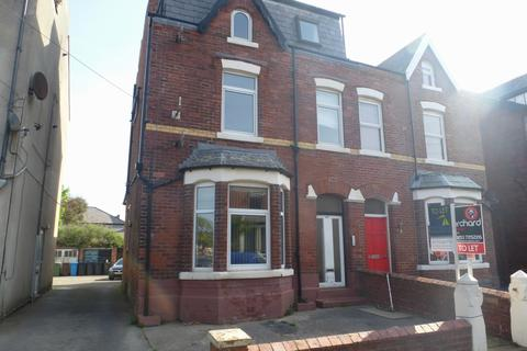 1 bedroom ground floor flat to rent - Park Road, St Annes, FY8