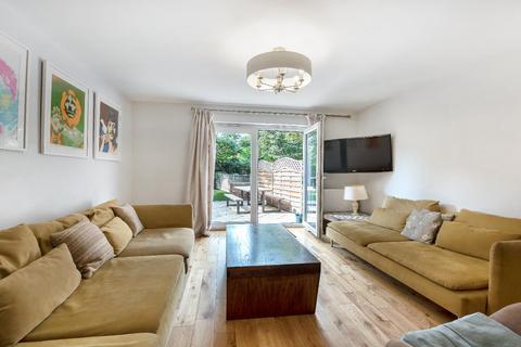 4 bedroom terraced house to rent - HAMPTON STREET, SE17