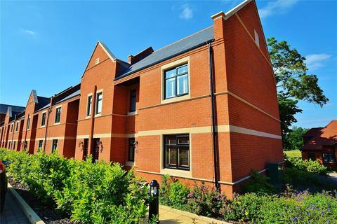 2 bedroom apartment to rent - Eton House, Marlborough Drive, Bushey, Hertfordshire, WD23