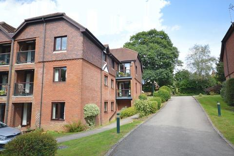 2 bedroom retirement property for sale - Crossways Road, Grayshott