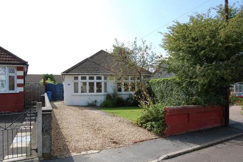 2 bedroom detached bungalow to rent - Whitecliff, Poole